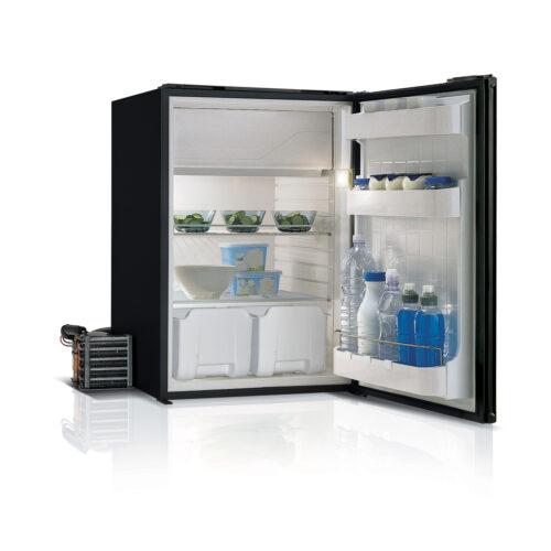 C130 - 130 Litre 12/24 volt marine fridge-02