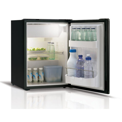 C39 - 39 Litre 12/24 volt marine fridge-01