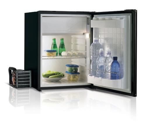 C75 - 75 Litre 12/24 volt marine fridge-02